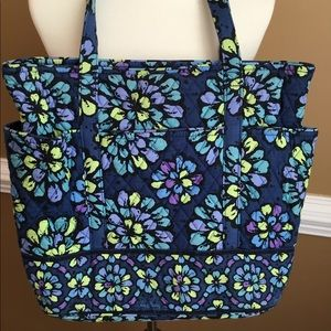 Beautiful Indigo Pop Vera Bradley Bag
